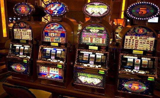 X Casino Club дает шанс играть в игровые слоты и автоматы абсолютно бесплатно